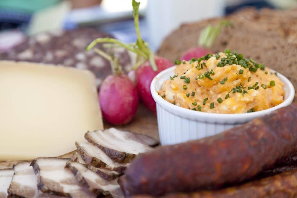 Essen und Trinken ©Chiemsee-Alpenland Tourismus