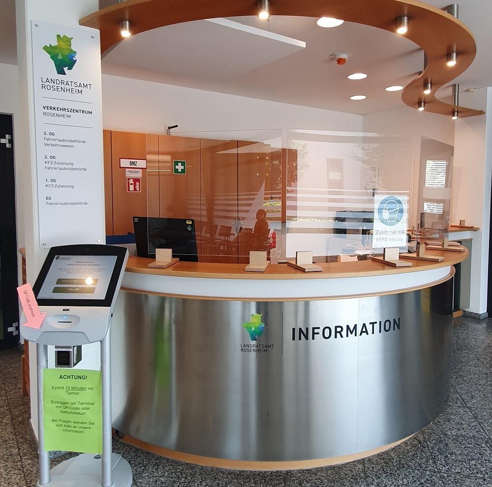 Informationsschalter Verkehrszentrum Rosenheim