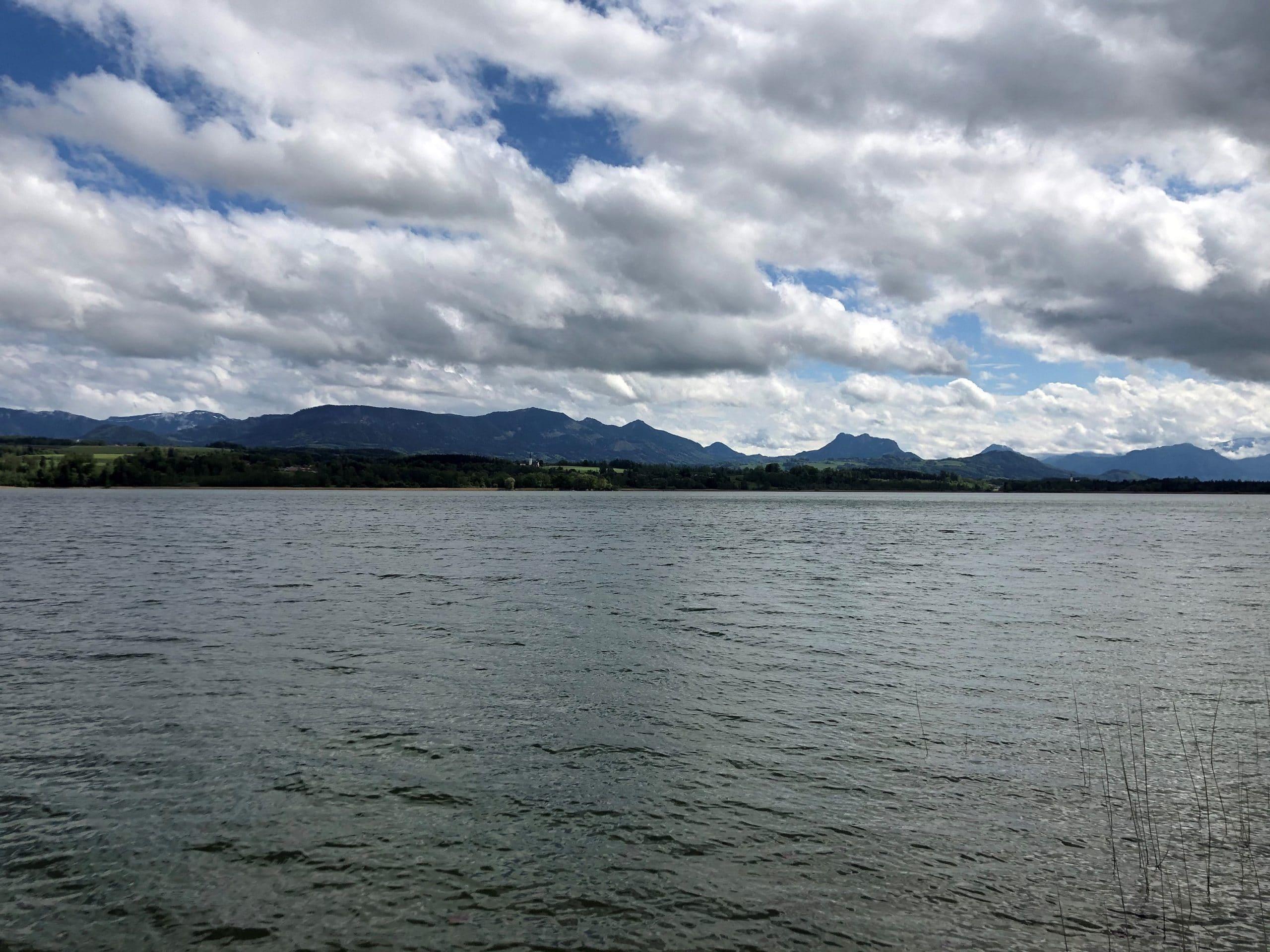 04 Simssee Wolken Ina scaled - Winterpause für Sturmwarnung